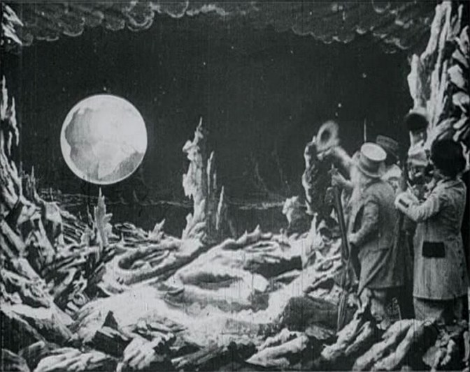 1902-le-Voyage-dans-la-Lune-Georges-Méliès